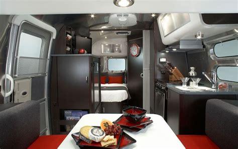 Update! Victorinox Special Edition Airstream Trailer