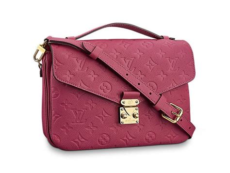 worth flying  louis vuitton pochette metis    colours duty  hunter duty