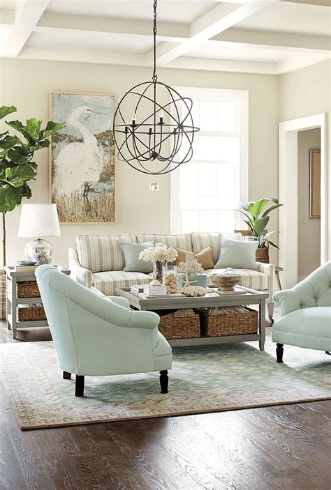Whether you're looking for something functional or flashy, these decorating ideas will take your living room to the next level. Beach Themed Coffee Table Decor | Roy Home Design