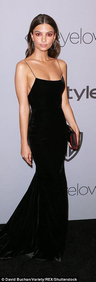 Emily Ratajkowski Heidi Klum Kiss Golden Globes