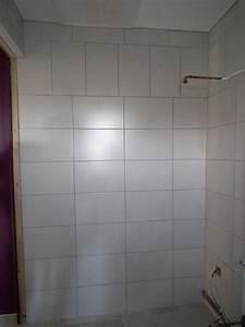 pose de faience dans une salle de bain maison design With pose de faience dans une salle de bain
