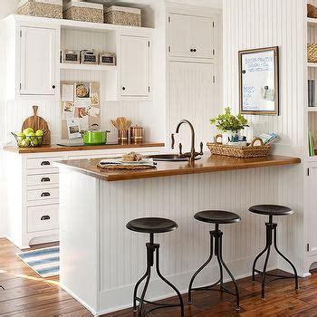 beadboard trim  kitchen peninsula cottage kitchen