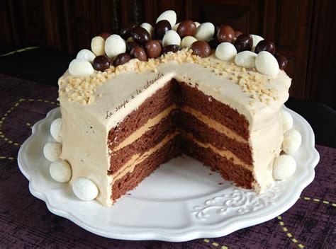 poule deco cuisine recette de gâteau de pâques au chocolat rhum café et chantilly mascarpone