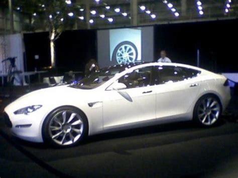 Tesla Motors Reveals 5seat Electric Car Softpedia