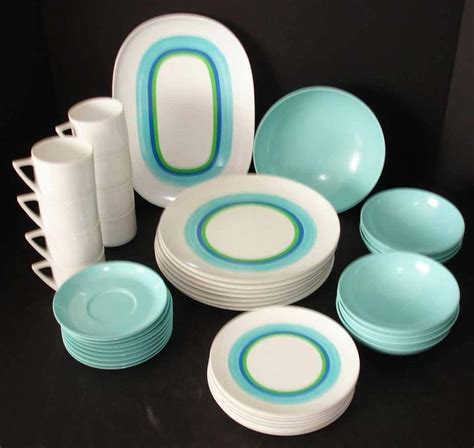 melamine dinnerware sets 1000 ideas about melamine dinnerware sets on pinterest plate sets melamine dinnerware and