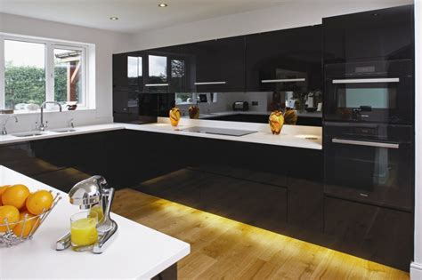 black and white kitchen cabinets pictures تصاميم مطابخ باللون الاسود المرسال 9273