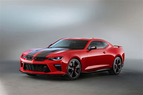 2016 Chevrolet Camaro SS Gets Black, Red Accent Packages