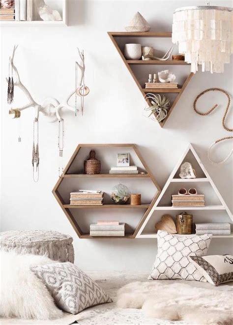 etagere chambre ado déco salon étagères murales de design géométriques en