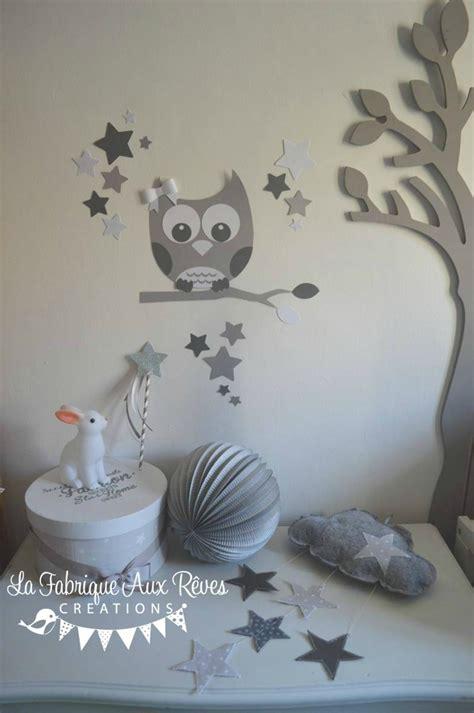 chambre bebe gris décoration chambre enfant bébé mixte gris foncé blanc gris