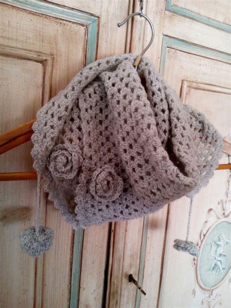 scialle uncinetto con fiori sciarpa scialle bambina a uncinetto grigio chiaro con