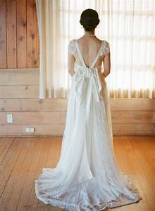 wedding dress open back with bow With wedding dress back