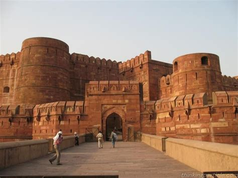agra fort    important fort  india  great
