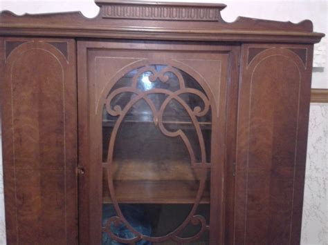 Wondering How Much My China Cabinet Is Worth Lexington Antique Mall Hours Coins Antiques Springfield Il Furniture Slc Eron Johnson Auction Oak Shelves Looking Kitchen Faucets Heat Registers Wall French Demilune Table