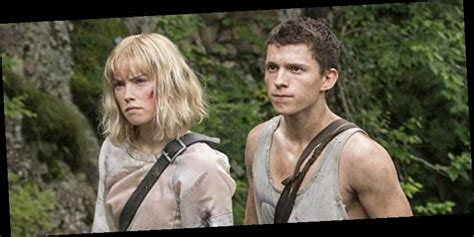 Long-Delayed 'Chaos Walking' with Tom Holland and Daisy ...