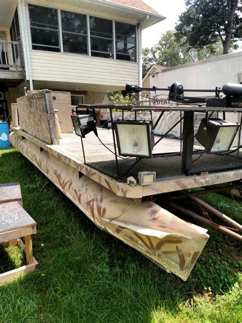 Bowfishing Boat Pontoon by 20 Pontoon Duck Blind Bowfishing Boat Michigan