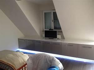 Kommode Fernseher Versenkbar : kommode mit tv lift und led beleuchtung stauraumfabrik ~ Michelbontemps.com Haus und Dekorationen