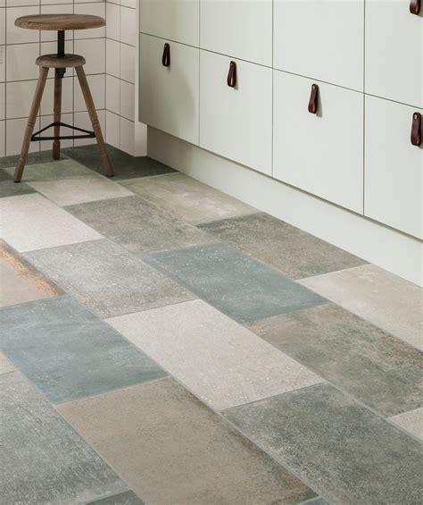 how to level a concrete floor for tile best of concrete floor tiles uk kezcreative