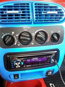 Jensen Auto Parts On Dodge Auto Parts At Cardomain Com 2003 Dodge Neon  Want This Radio In My