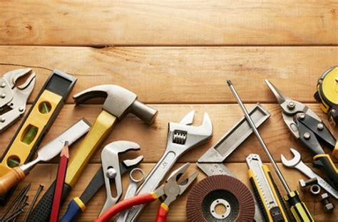 espace cuisine darty bricolage les 12 outils indispensables à avoir dans