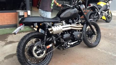 Scrambler With Scorpion Pipes