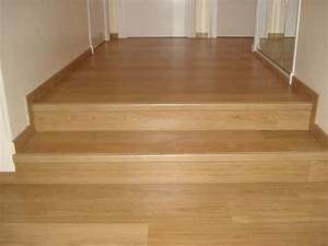 parquet flottant escalier great habillage duescalier en With parquet flottant escalier