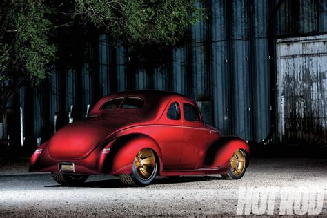 Checkered Past Ridler-winning 1940 Ford Coupe