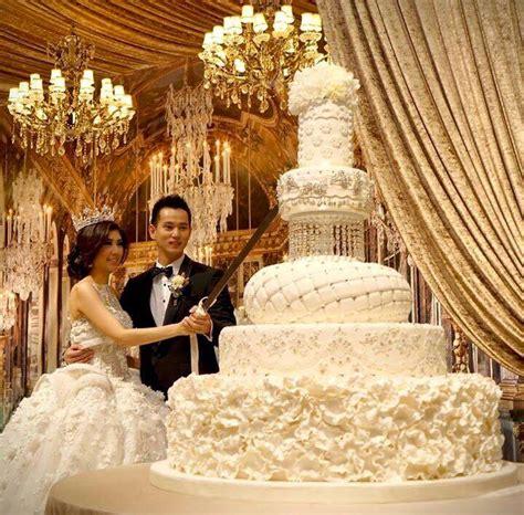 top 13 most beautiful wedding cakes deer pearl flowers