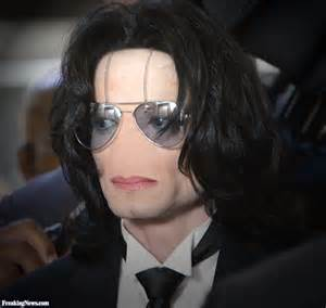 Michael Jackson with No Nose