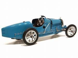 Bugatti Type 35 Prix : bugatti type 35 grand prix 1924 cmc 1 18 autos miniatures tacot ~ Medecine-chirurgie-esthetiques.com Avis de Voitures