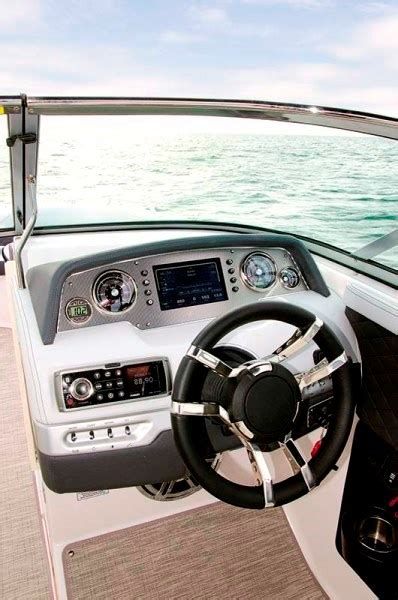 Regal Boats Quality by Regal 27 Fasdeck Rx Review