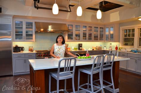 the kitchen show the set tour of black ish exclusive
