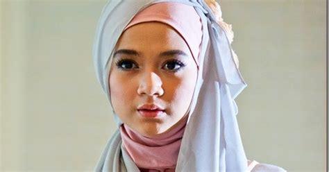tren gaya remaja terbaru aksesoris jilbab