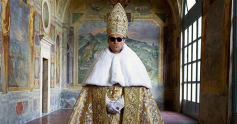 Young Pope Memes - the young pope episodes 1 et 2 un jude law c 233 leste pour une s 233 rie divine notre critique melty