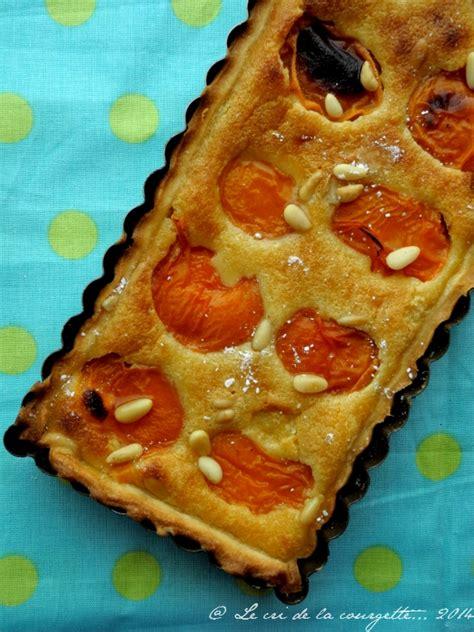 tarte 224 l abricot et 224 la p 226 te de pignons de