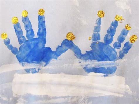 a menorah made from handprints creative ideas 603 | dfdc08b6fabbdf451237454c9620af3c