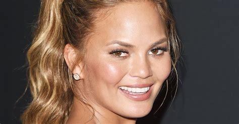 easy hairstyles    face  slimmer byrdie
