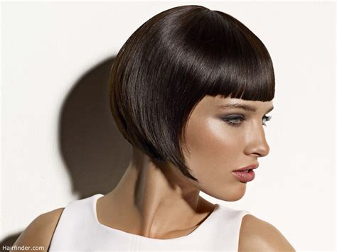 Sleek Jaw Length Bob With Pointy Tips And Short Above The