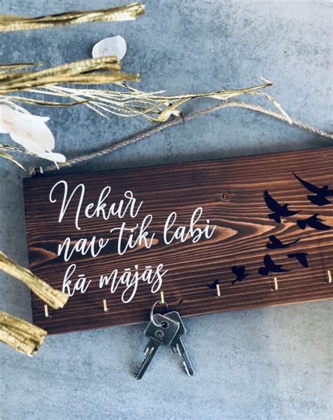 Koka dekors atslēgām