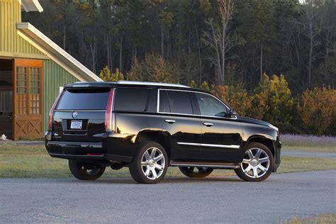 Cadillac Escalade Vs Gmc Yukon Denali Buy This, Not That