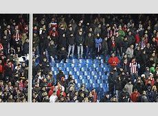 Terraces of Vicente Calderón silence ultras' songs MARCA