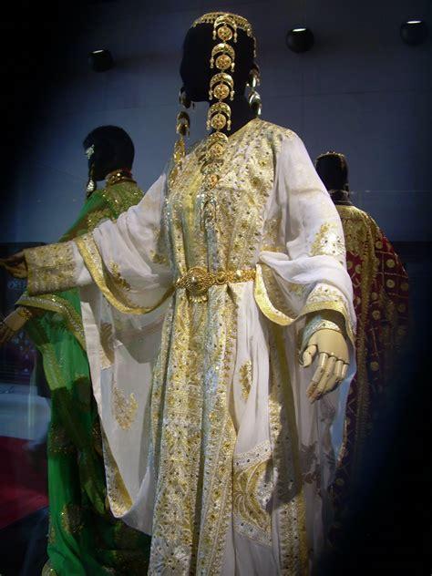 costume history  fun brides   arab world kuwait