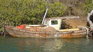 Abandoned Ghost Fisherman Boat  U0026 Sailboats
