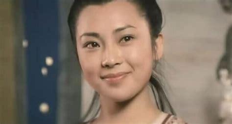 Huand Qiuyan Biography - Wong Chau-Yin