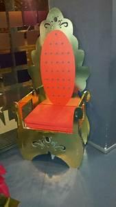 cardboard throne king chair diy wood projects furniture