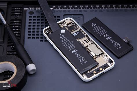 iphone  battery replacement apple repair centre
