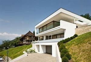 Moderne Häuser Mit Pool : einfamilienhaus hanghaus klaus modern edelstahlpool luxushaus mit pool luxushaus im hang ~ Markanthonyermac.com Haus und Dekorationen
