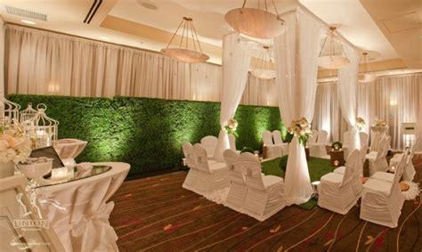 emerald green wedding decor greenscape design decor
