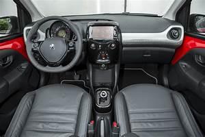 Peugeot 108 Automatique : la peugeot 108 1 0 vti etg5 l 39 essai photo 24 l 39 argus ~ Medecine-chirurgie-esthetiques.com Avis de Voitures