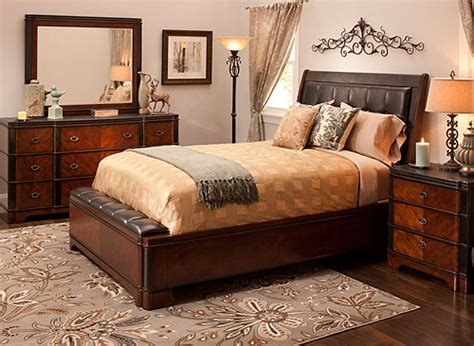 Dundee 4-pc. Queen Bedroom Set
