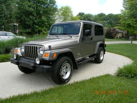 tan jeep wrangler 2 door purchase used 2006 jeep wrangler unlimited sport utility 2